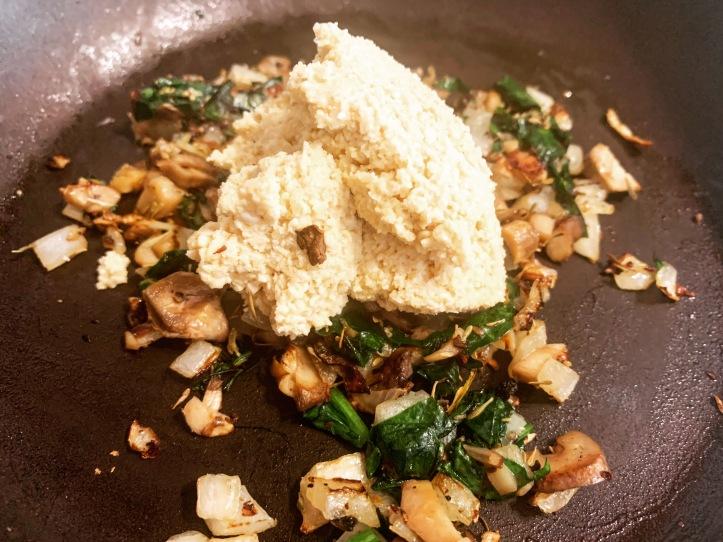 vegan almond spreadable cheese for vegan stuffed mushrooms