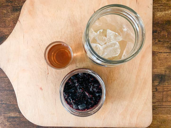 lemonade, blackberry, and bourbon for cocktail recipe