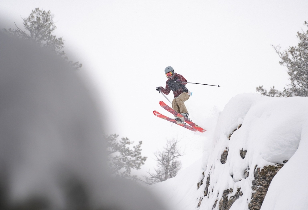 dropping cliffs at powder mountain