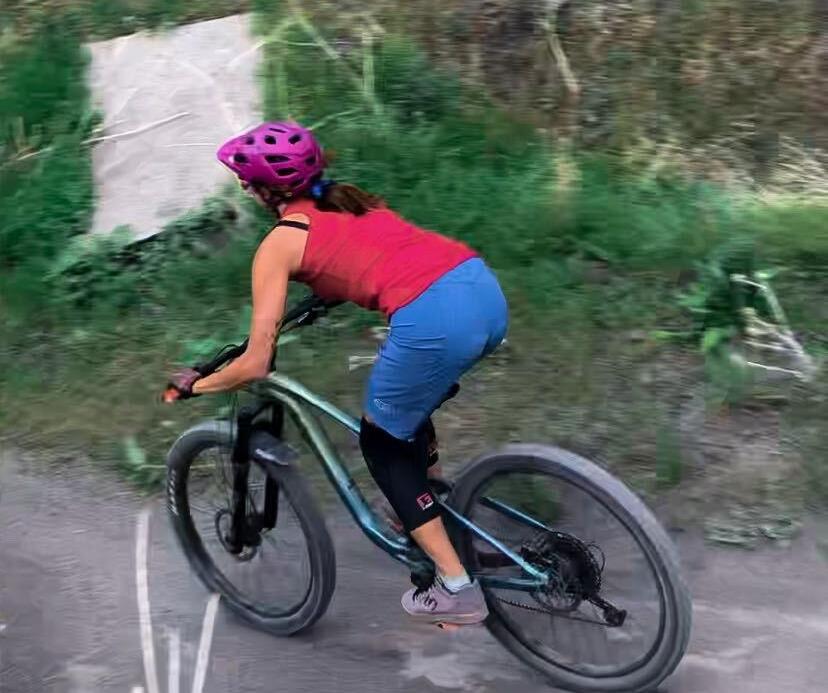 beginner gir;'s guide to bike ride apparel